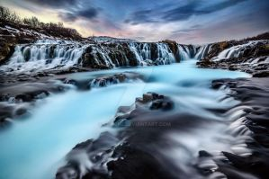Blue pool by CNaene