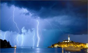 Lightning in Rovinj, Croatia by nrasic