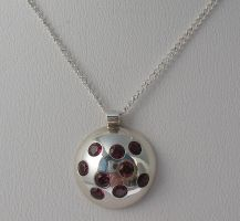 Domed Garnet Pendant by Utinni