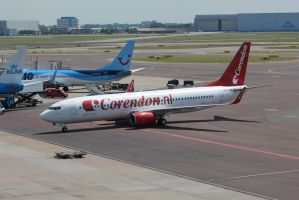 corendon PH-CDE by damenster