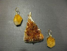 citrine geode and crystal set by DPBJewelry
