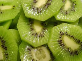 Sliced Kiwi by ppdigital