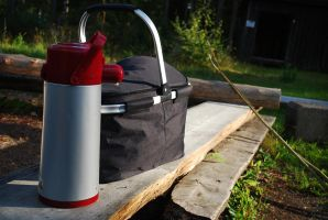 Thermos and picnic bag by jego0320