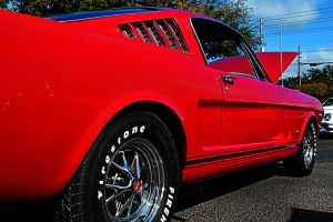 another RED stang by Nutdeep