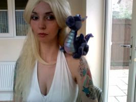 Dany wig and makeup test by lousciousfoxx