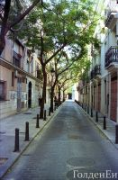 streets of valencia by GoldenEi