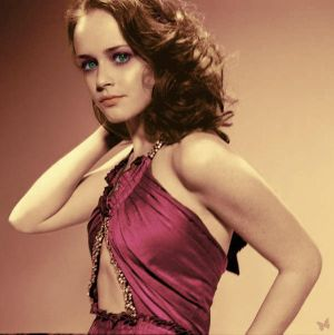 http://tn3-1.deviantart.com/fs9/300W/i/2006/148/e/c/Colorization___Alexis_Bledel_by_un_determined.jpg