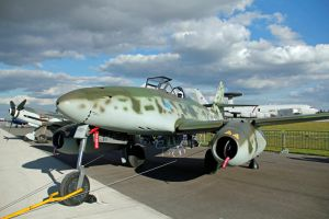 Messerschmitt Me 262 by gurkenhals