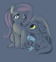Toothy And Shy by Ende26