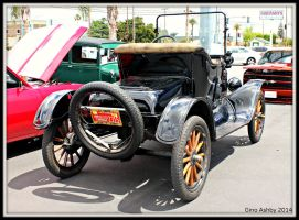 1922 Model T Ford. by StallionDesigns