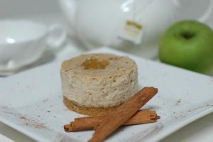 Apple Cinnamon Cheesecake by prevailinginsanity