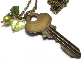 Elfin Forest Vintage Key and Pearl Necklace by sojourncuriosities