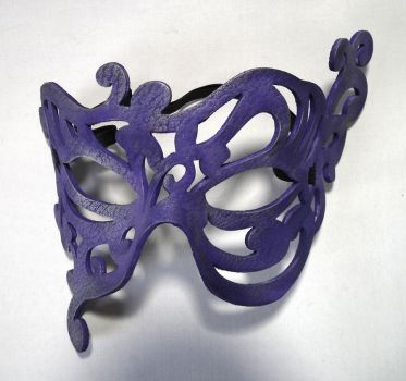 Jasmine handmade leather mask by Shadows-Ink