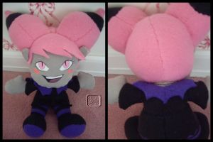 Jinx the Plushie by VesteNotus