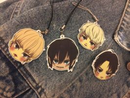 SHINee/Attack on Titan minis by ginkouki