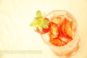 strawberries by MisS-DxB