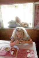 Goldilocks and the Three Bears cosplay porridge by chamellephoto
