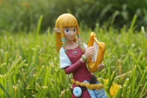 Zelda Figure 2 by GemstoneStudios