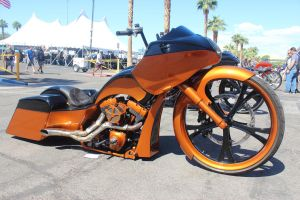 Smooth Two Tone Bagger by DrivenByChaos