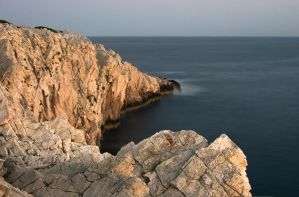 Rocks and open sea by space1999