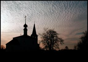 Silhouette of Russian town by Nickdan