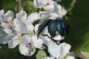Black Rock Shooter in the Apple Tree by The-2nd-Runner