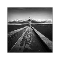 Camaret's lighthouse B and W by Objectix