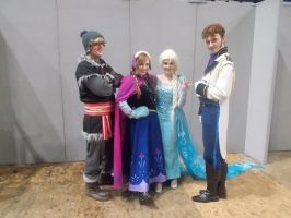 Comic Con: FROZEN CAST by Harley-Jay