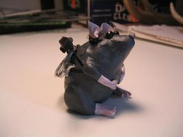 Ninja Mouse - Side View by Duamuteffe