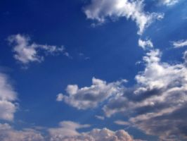 Clouds -- 1 by Korpsus
