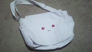 Kyubey Messenger Bag by marasw