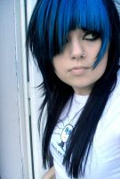 blue hair by megstrangler