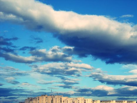 Cloudy 25 of December 2 by flyfi