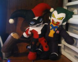 Harley and Joker Plushies by IrashiRyuu