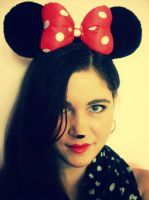 Minnie Mouse by luvya302