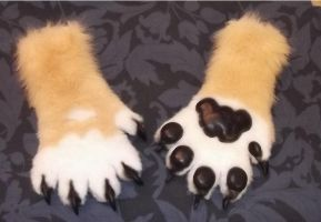 White n gold nubby paws by Monoyasha