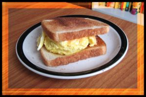 Fast N' Easy Egg Sandwich by crazed-fangirl