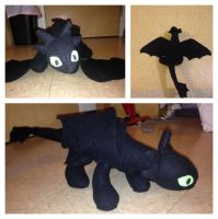 Toothless Plushy by TheCritterCreator