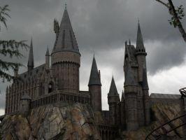 Hogwarts by quintessence424