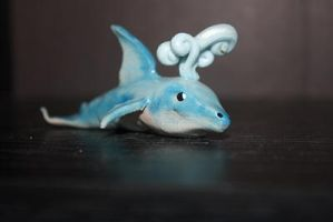 lil dolphin by lyca777