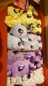 MLP AT BUILD-A-BEAR (Shopping trip part 1) by WellHayGorgeous5