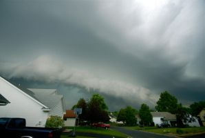 Wide-Angled Shelf Cloud by MNgreen