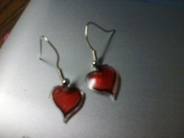 heart earrings. by aliciamarie923