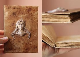 Daenerys sketchbook (notebook) by Krinna
