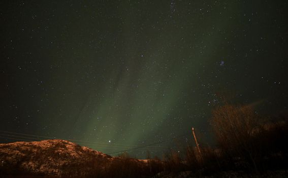 Northern Light over the Mountain by Lizzimoa