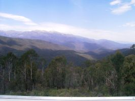 Snowy Mountains. by PestilentialCreature