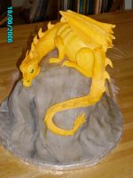 Dragon cake by Shoshannah84