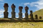 Moia at Ahu Akahena 1 by wildplaces