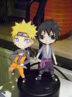 paperchild: naruto and sasuke chibi by kimbolie12