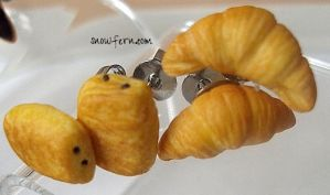 pain au chocolat accessories by Snowfern